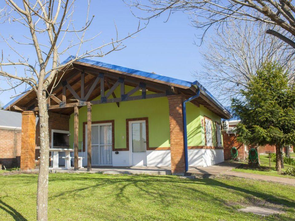 Bung. 76 (1)-Termas-Villa-Elisa