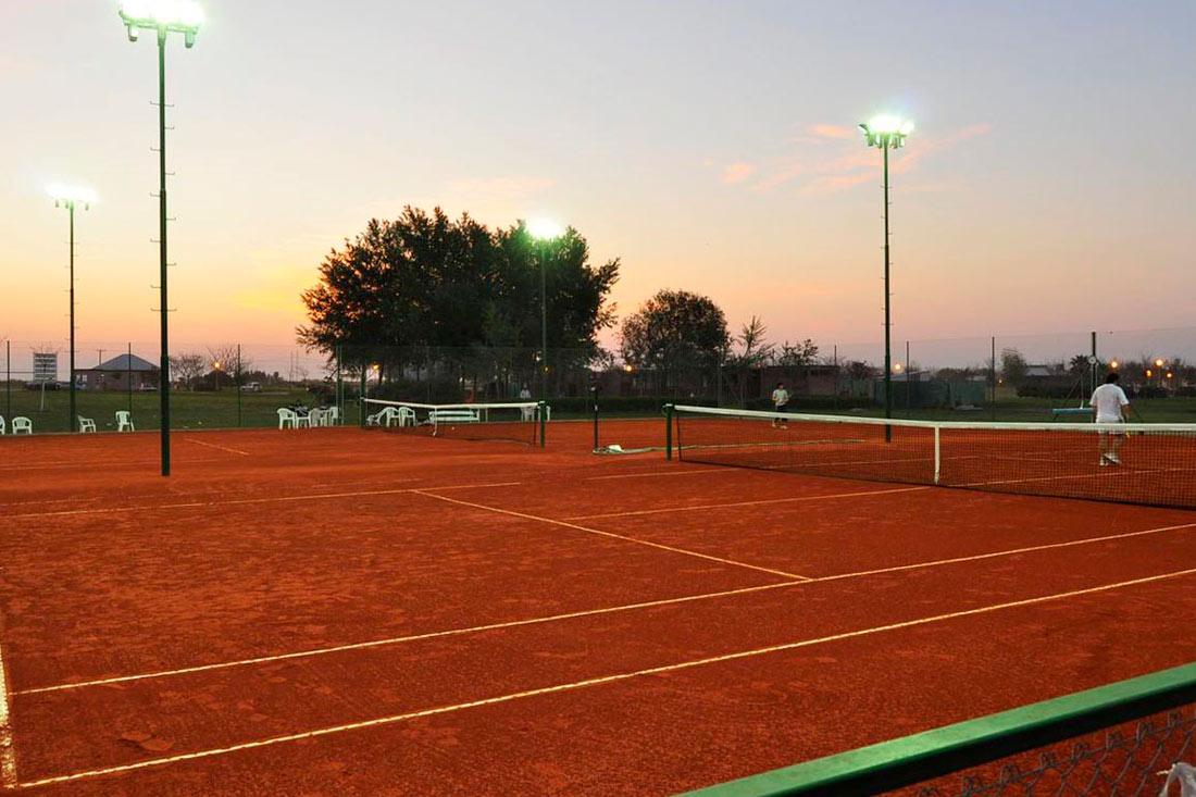 Tenis-(1)
